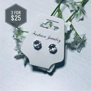Jewelry - 🌼3 for $25🌼Stud Earrings